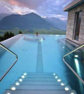pool mount view